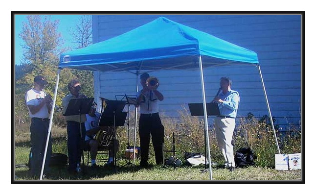 Ensemble Playing at Kings Valley Farmers  Market